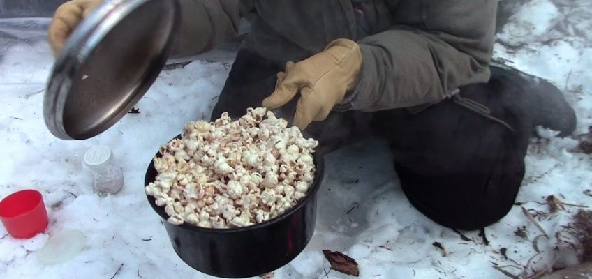 Campfire Popcorn the Old Fashioned Way (Video)